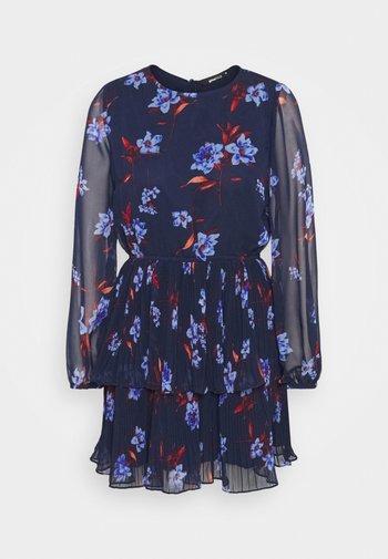 AMBER PLEATED DRESS