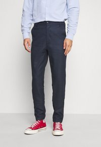 KnowledgeCotton Apparel - JOE RECYCLED PANT  - Tygbyxor - surf the web - 0