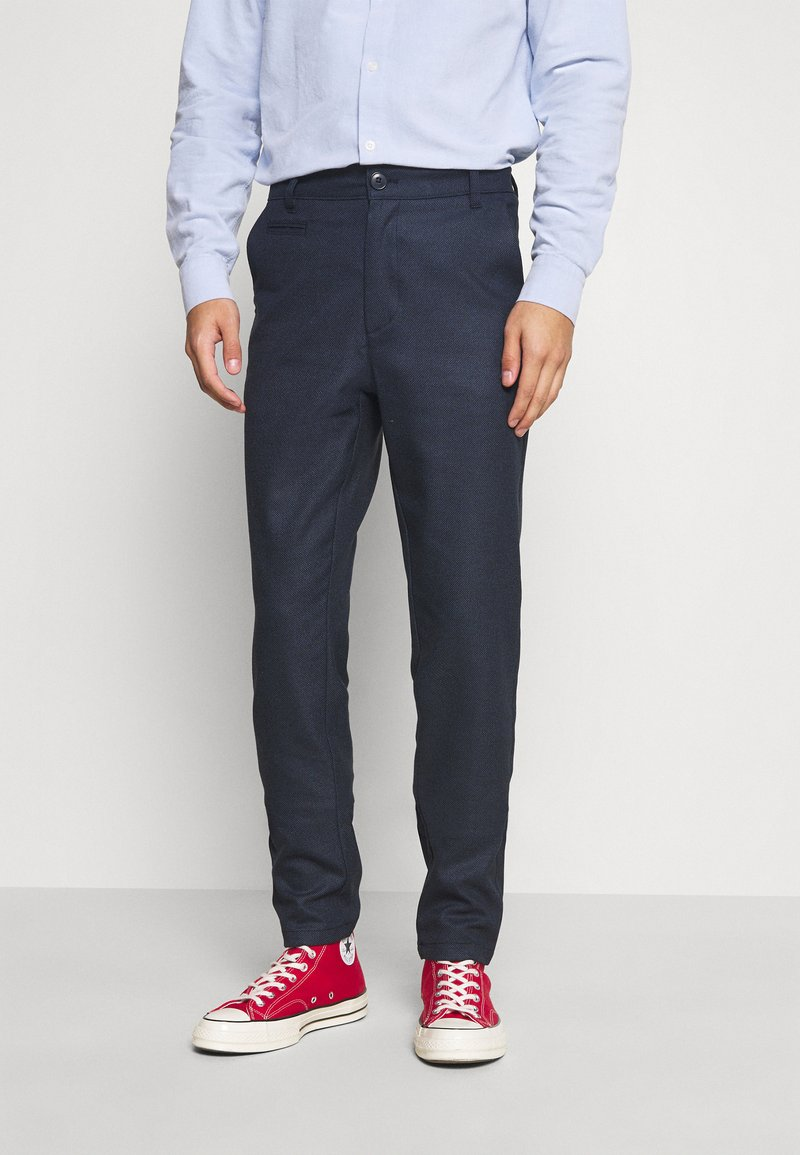 KnowledgeCotton Apparel - JOE RECYCLED PANT  - Tygbyxor - surf the web