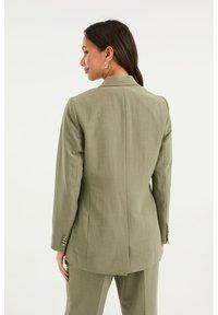 WE Fashion - Blazer - army green - 2