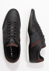 Lacoste - CHAYMON - Sneakersy niskie - black/dark brown - 1