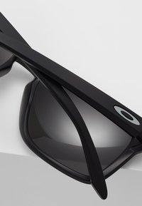 Oakley - SYLAS - Sunglasses - black - 4