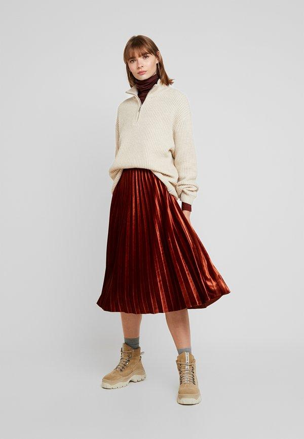 Vero Moda VMAVA LULU ROLLNECK BLOUSE - Bluzka z długim rękawem - madder brown Kolor jednolity Odzież Damska OZTU UT 7