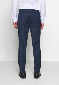 Tommy Hilfiger Tailored - PEAK LAPEL CHECK SUIT SLIM FIT - Oblek - blue - 3