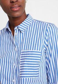 Marc O'Polo - BLOUSE KENT COLLAR LONG SLEEVED - Button-down blouse - combo - 3