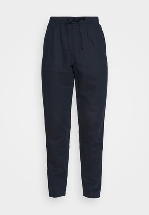 AKJOHN PANT - Pantalones - sky captain