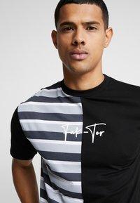 FAKTOR - HARDY TEE - T-shirt con stampa - black - 4