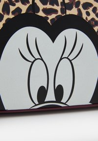 Kidzroom - SHOPPING BAG MINNIE MOUSE MOST WANTED ICON - Luiertas - red