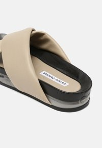 Oa non fashion - Pantofle - marmo stone - 7