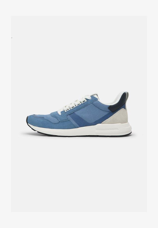 JOSEF 1D - Trainers - mid blue