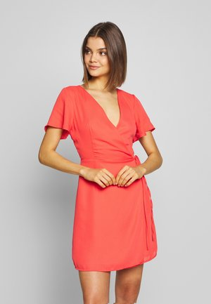 RUFFLE SLEEVE WRAP DRESS - Denní šaty - red