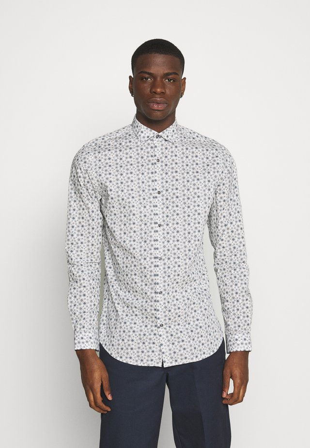 JPRBLAOCCASION MINIMAL SLIM FIT - Shirt - white