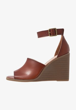 GARLAND - Sandály na vysokém podpatku - cognac paris