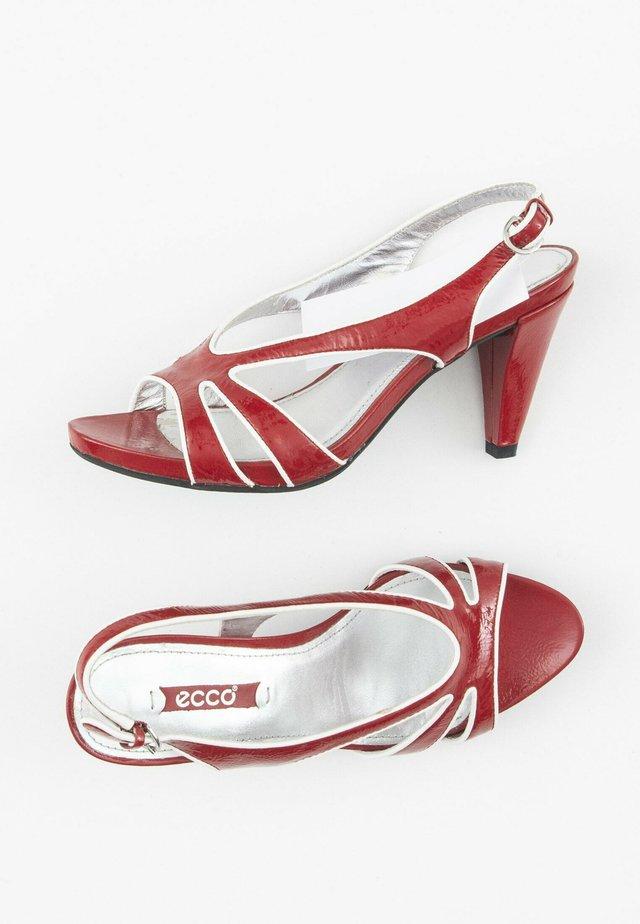 Peeptoes - red