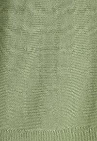 More & More - BOAT NECK BATWING - Jumper - smaragd - 2