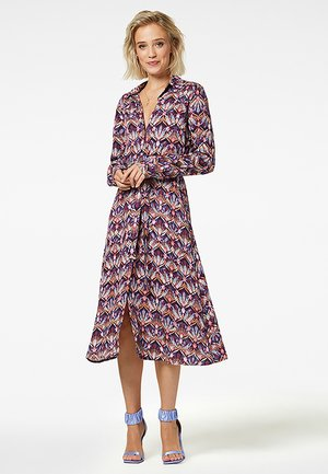 DYNTHE - Korte jurk - purple