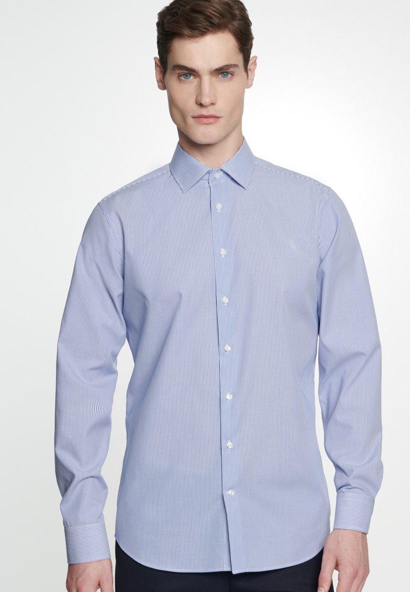 Seidensticker - SLIM FIT - Shirt - blue