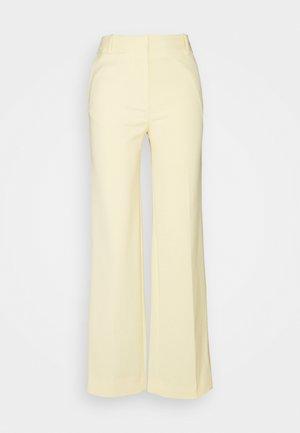 STRAIGHT LEG TROUSER - Spodnie materiałowe - butter yellow