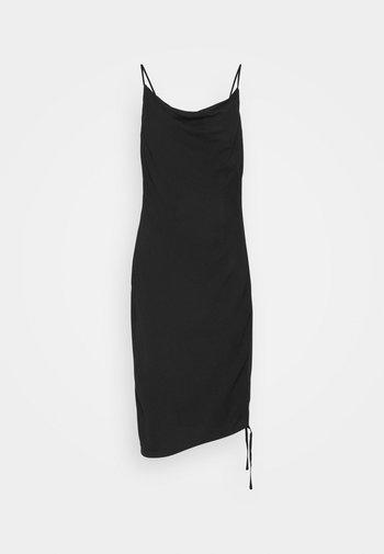 DRAPED HIGH SLIT MIDI DRESS - Koktejlové šaty/ šaty na párty - black