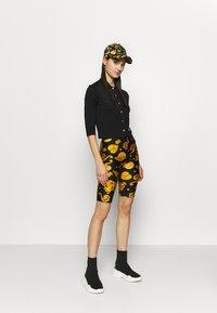 Versace Jeans Couture - Chemisier - black - 1