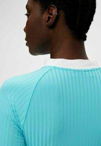 J.LINDEBERG - Long sleeved top - beach blue - 4