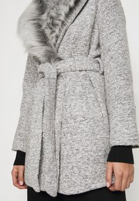 New Look Petite - COLLAR COAT - Classic coat - mid grey - 7