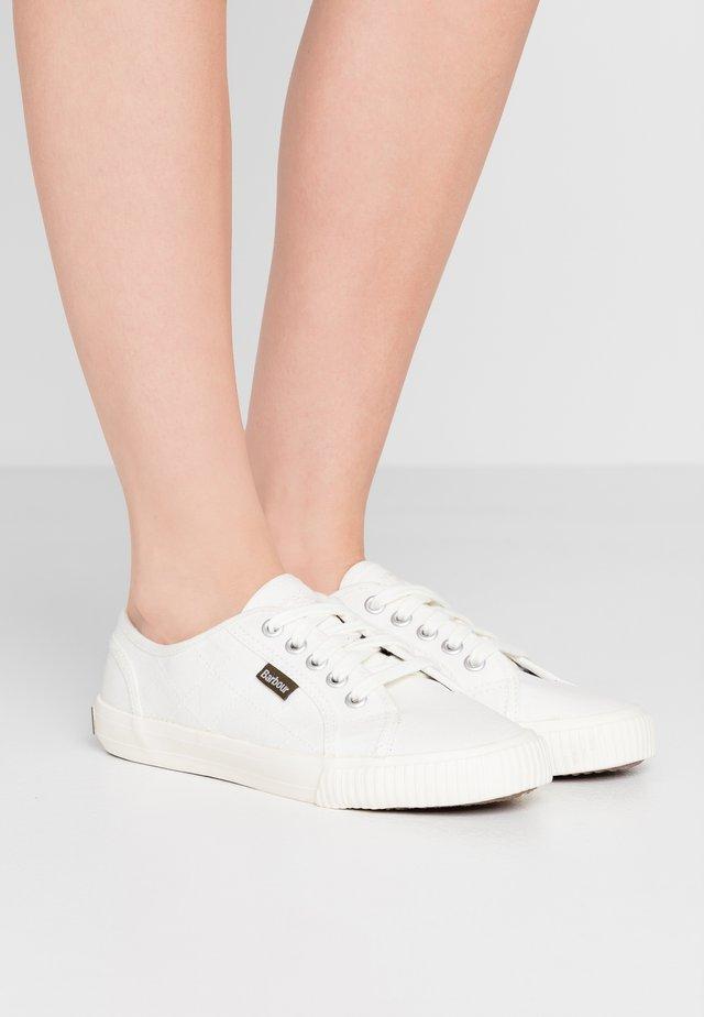 LUNA - Sneakers laag - white