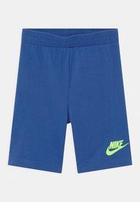 Nike Sportswear - NIGHT GAMES MUSCLE SET - Top - game royal - 2