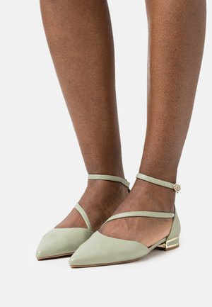 ASYMMETRIC ANKLES STRAP POINT SHOE - Ankle strap ballet pumps - sage