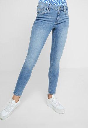 DIVINE - Jeans Skinny Fit - blue crux wash