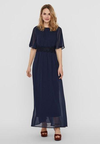 VMSALLY MAXI DRESS - Společenské šaty - Navy Blue