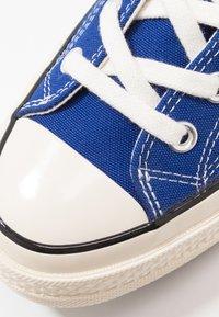 Converse - CHUCK TAYLOR ALL STAR 70 - Höga sneakers - rush blue/egret/black - 5