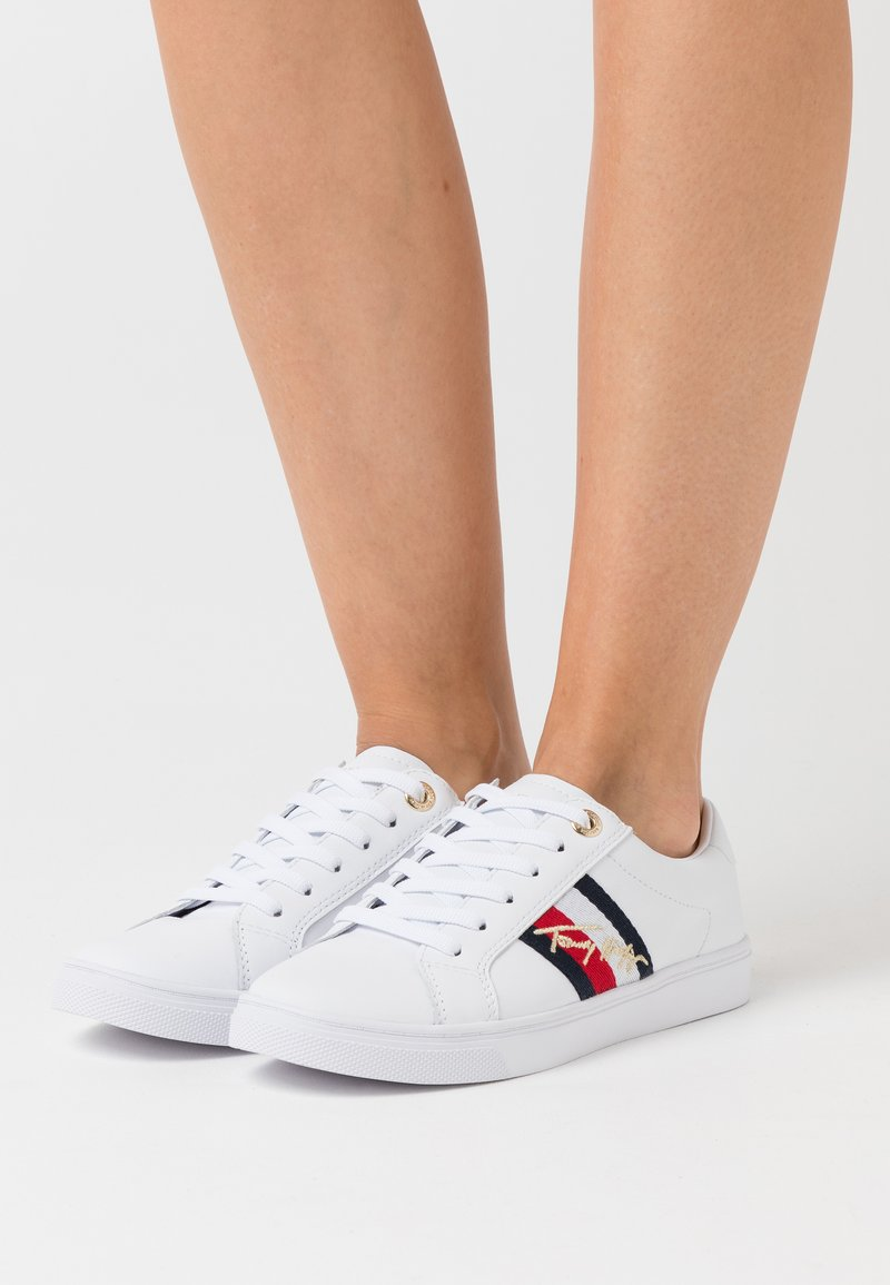 Tommy Hilfiger - SIGNATURE CUPSOLE  - Trainers - white