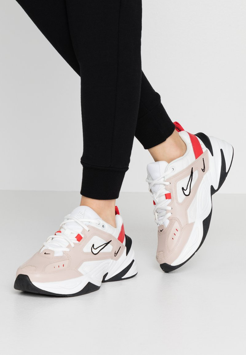 Nike Sportswear - M2K TEKNO - Sneakers - fossil stone/summit white/track red/black/oracle aqua