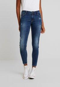 Vero Moda - VMLYDIA - Jeans Skinny Fit - dark blue denim - 0
