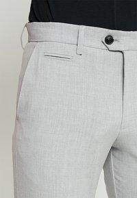Lindbergh - CLUB PANTS - Pantaloni - grey mix - 3