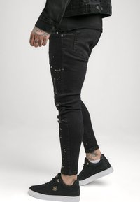 SIKSILK - PAINT SPLATTER RIPPED KNEE  - Jeans Skinny Fit - washed grey - 4