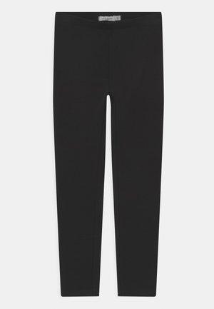 NKFDAVINA SOLID - Tracksuit bottoms - black