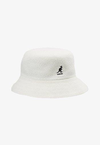 BERMUDA BUCKET - Hat - white