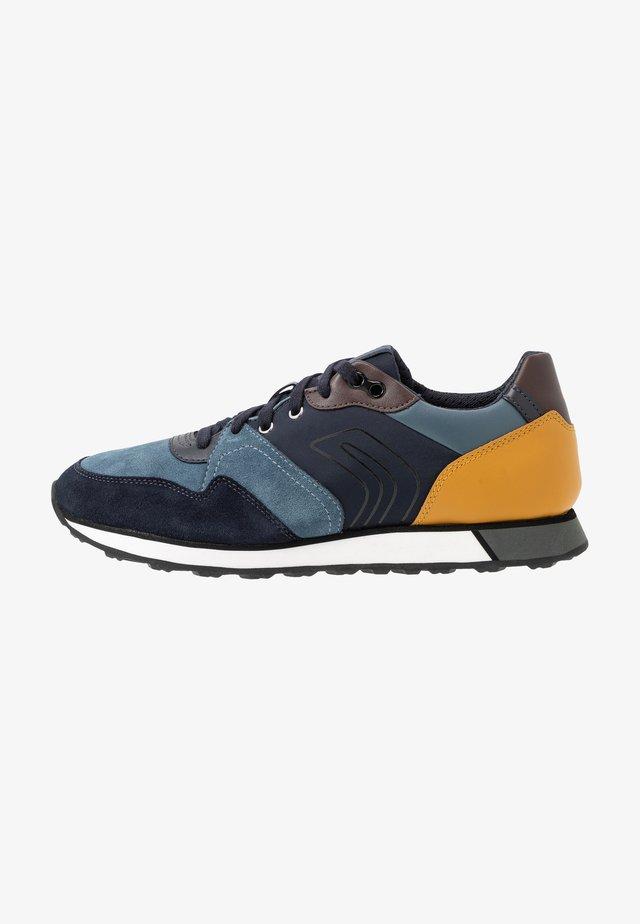 VITTORIALE - Sneakersy niskie - octane/navy