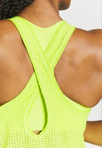 Sweaty Betty - PULSE RUNNING VEST - Top - lime punch green - 4