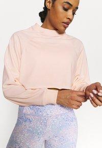 Cotton On Body - LIFESTYLE CROP RAGLAN  - Sweatshirt - fairy tale - 3