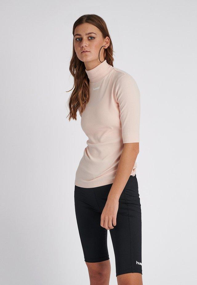 CAROLINE - T-Shirt print - cloud pink