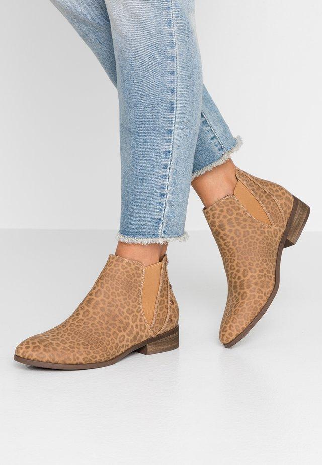 YATES - Boots à talons - brown