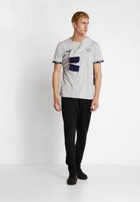 Puma - SCHWEIZ SFV CULTURE TEE - Club wear - light gray heather - 1