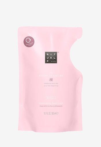 THE RITUAL OF SAKURA REFILL HAND WASH - Liquid soap - -