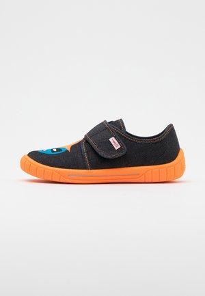 BILL - Domácí obuv - schwarz
