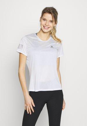 SENSE TEE - Print T-shirt - white/lunar rock