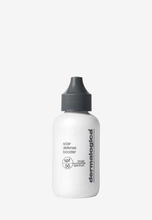 SOLAR DEFENSE BOOSTER SPF50  - Face cream - -