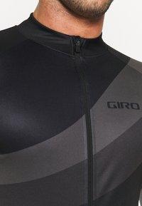 Giro - CHRONO SPORT - Pyöräilypaita - black render - 3